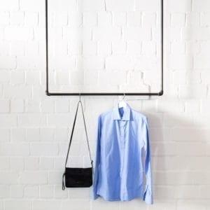 Industrial Design Kleiderstange für Deckenmontage Stahlrohr Temperguss Garderobe von der Decke Industriedesign Moebel