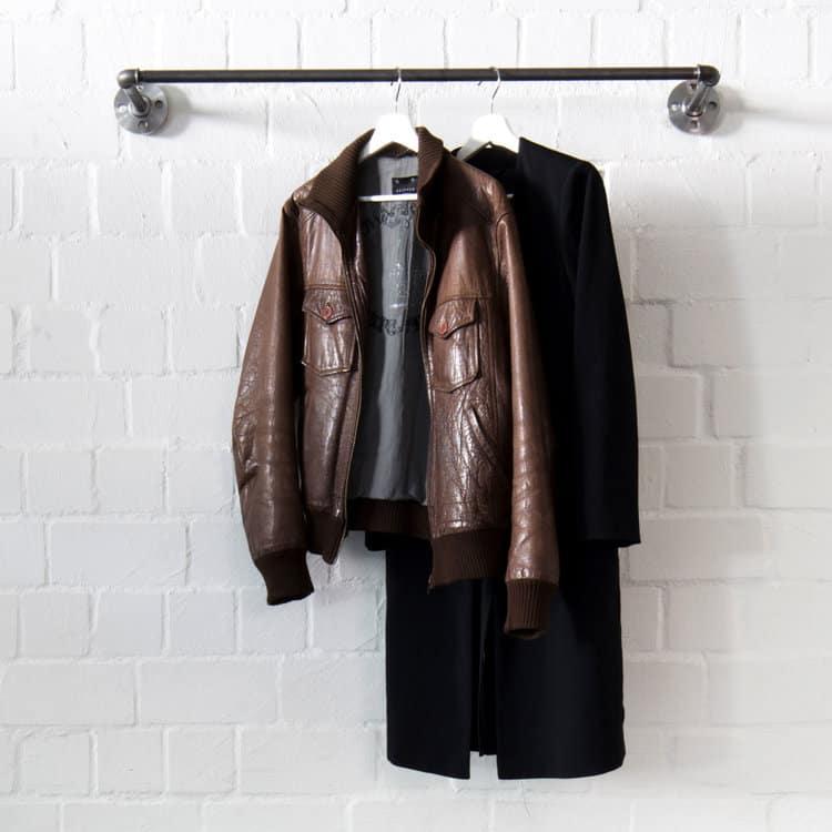 Garderobenstange Industrial Design Garderobenrohr Garderobenleiste Metall stabil Wasserrohr Temperguss schwarz