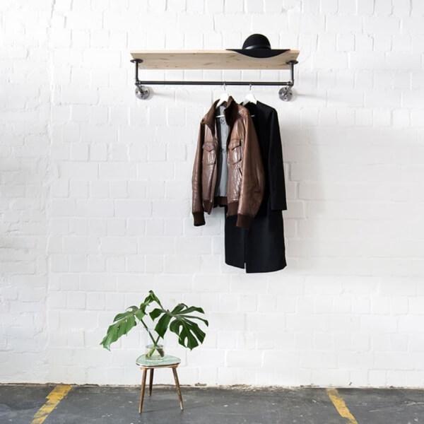 Garderobe Industrial Design aus Wasserrohr Temperguss Moebel Eingang Flur