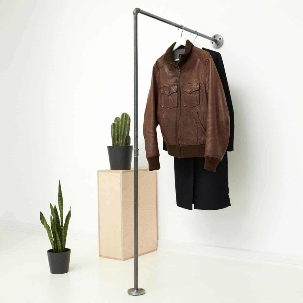 Kleiderstange und Kleiderständer Garderobenstange Wasserrohr Temperguss Moebel