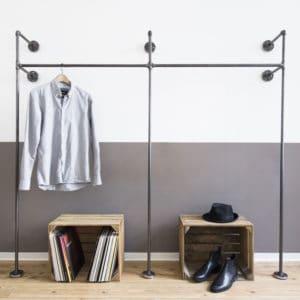 Offener Kleiderschrank Garderobenständer Industrial Design Stahlrohr Wasserrohr Temperguss Metall Flur Wandmontage