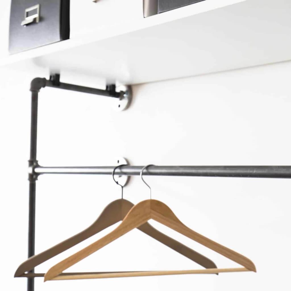 Garderobe Rohrsystem Industrial Design Metall Heizungsrohr und Temperguss schwarz zur Wandmontage in Flur Schlafzimmer und Ankleide