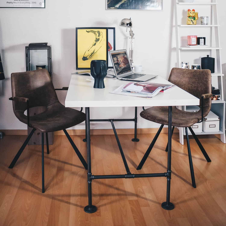Industrial Design Schreibtisch Tischgestell Wasserrohr Temperguss Moebel