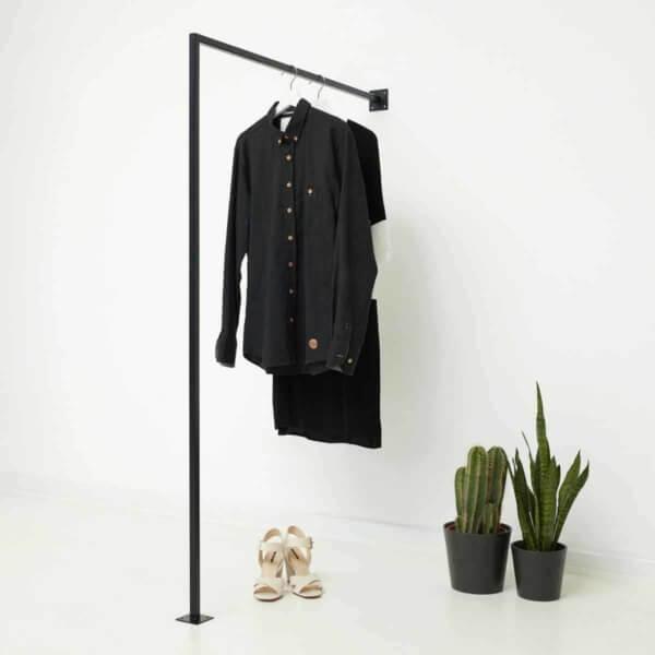 Kleiderstange Industrial Style Garderobe Ladeneinrichtung Metall geschweisst schwarz pulverbeschichtet