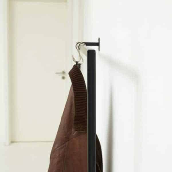 Kleiderstange Industrial Design Ladeneinrichtung Garderobe geschweisst Metall schwarz pulverbeschichtet