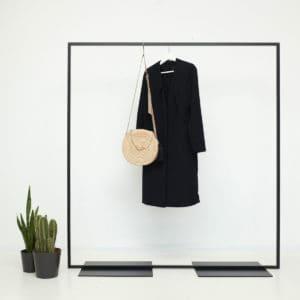 Kleiderständer Industrial Design geschweisst pulverbeschichtet skandinavisch