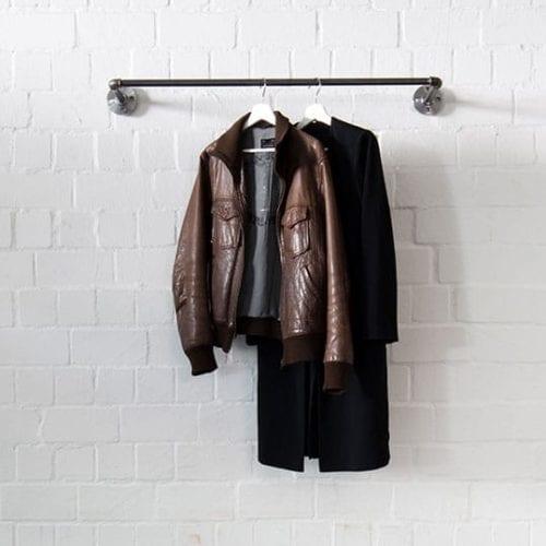 Industrial Design Wandgarderobe Kleiderstange Wandmontage wandbefestigt Wasserrohr Temperguss