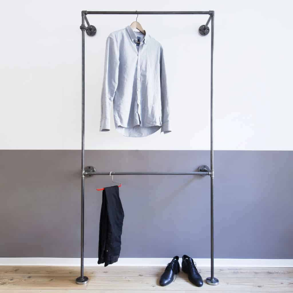 Kleiderstange doppelt Industrial Design Garderobenschrank Wandkleiderständer Stahlrohr Temperguss