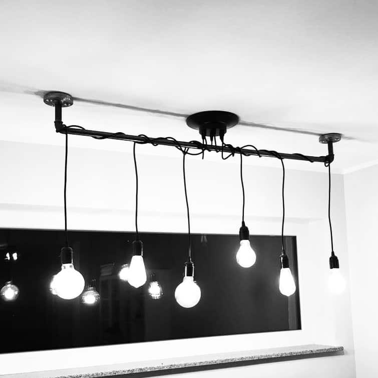 Industrial Style Lampe Deckenleuchte aus Stahlrohr Temperguss Textilkabel selber bauen