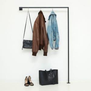 garderobenstange industrial design garderobe skandinavisch schwarz geschweisst ladeneinrichtung