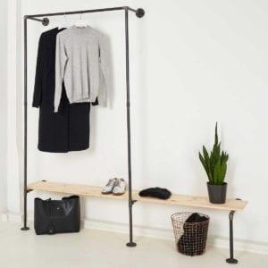 Garderobe Industrial Design Möbel Wasserrohr Temperguss fuer Ankleide Schlafzimmer als Ladeneinrichtung
