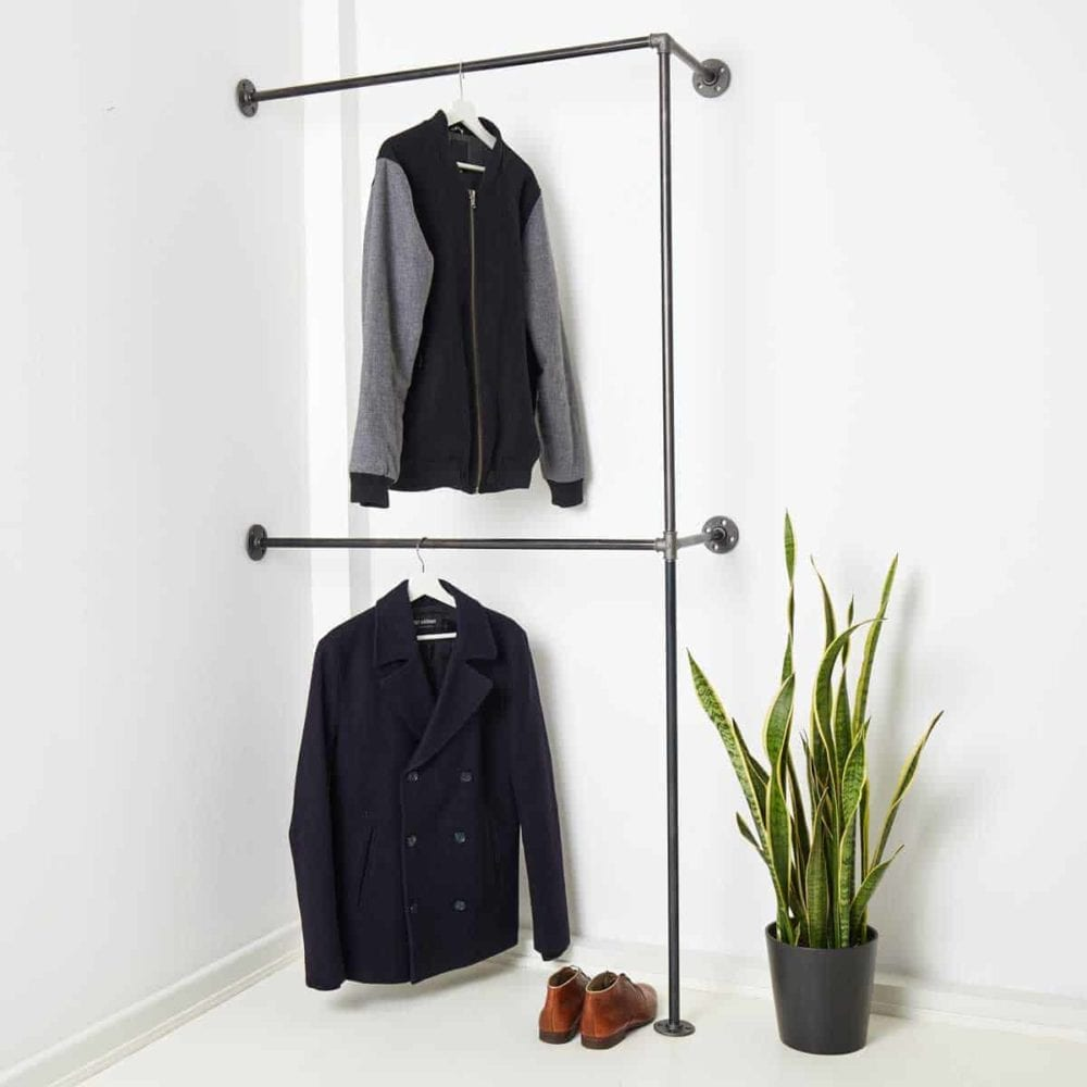 Garderobe Industrial Design ums Eck Möbel kaufen in Wunschgröße aus Wasserrohr und Temperguss schwarz Metall geschweisst