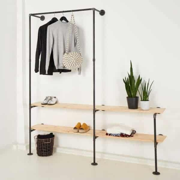 Industriedesign Garderobe offener Kleiderschrank Wasserrohr Temperguss mit Regal