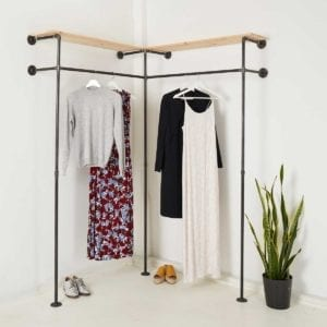 Garderobe Industrial Style Eckschrank Kleiderstange um die Ecke Schranksystem aus Wasserrohr Metall Temperguss Moebel selber bauen
