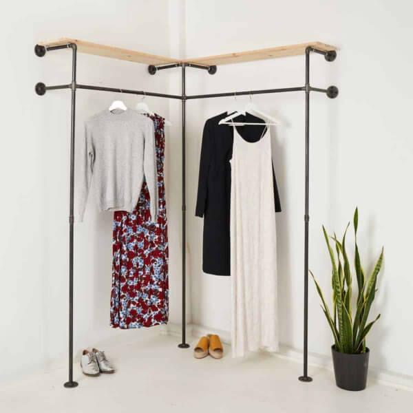 Garderobe Industrial Design Eckschrank Kleiderstange um die Ecke