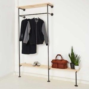 Wasserrohr Garderobenschrank im Industriedesign mit Schuhregal aus Wasserrohr Metall Temperguss selber bauen