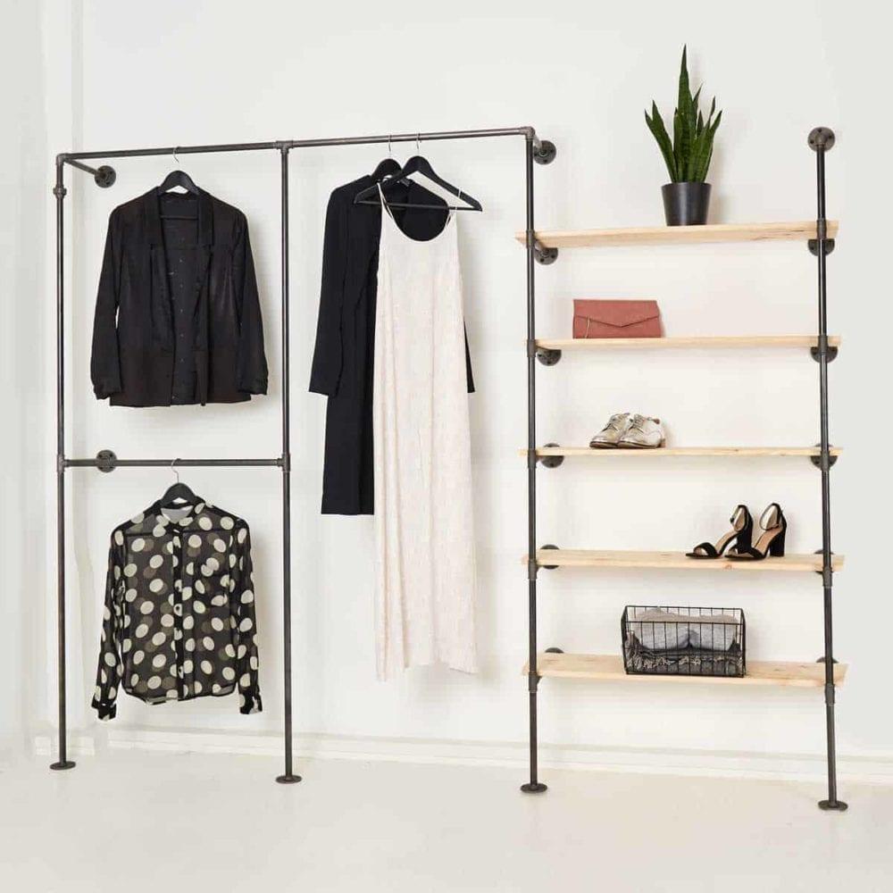 Garderobe Industrial Design offener Kleiderschrank Jackenhalter mit Regal Kleiderstange Wasserrohr Temperguss selber bauen Moebel Ankleidesystem