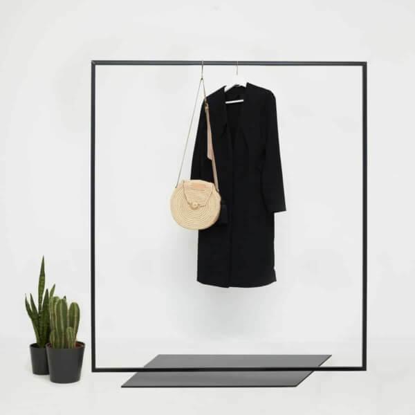 Industrial Garderobenstaender Garderobe schwarz pulverbeschichtet geschweisst freistehender Kleiderstaender