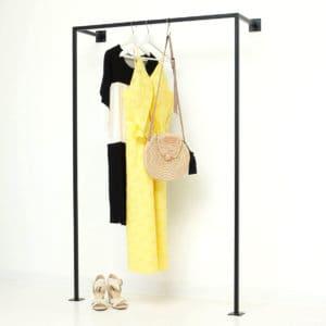 Industrial Style Garderobenstange Kleiderstaender Wasserrohr schwarz geschweisst pulverbeschichtet Garderobe Kleiderschrank