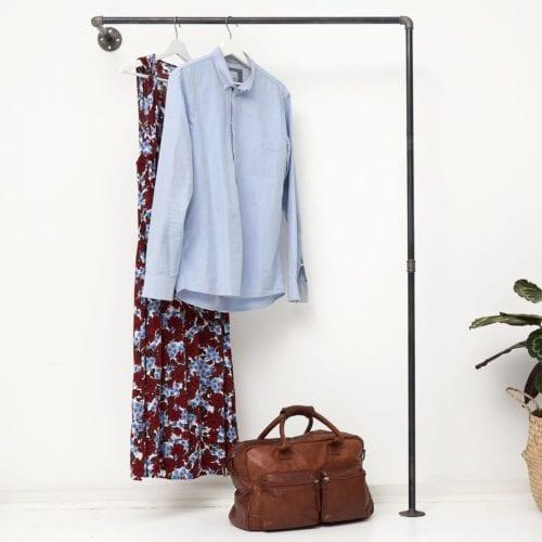 Garderobe schmaler Flur
