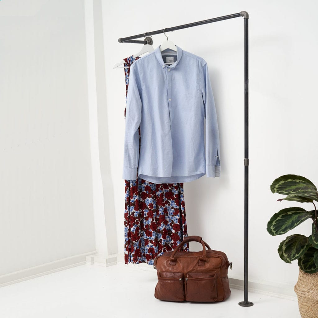 Garderobe schmaler Flur Hallway